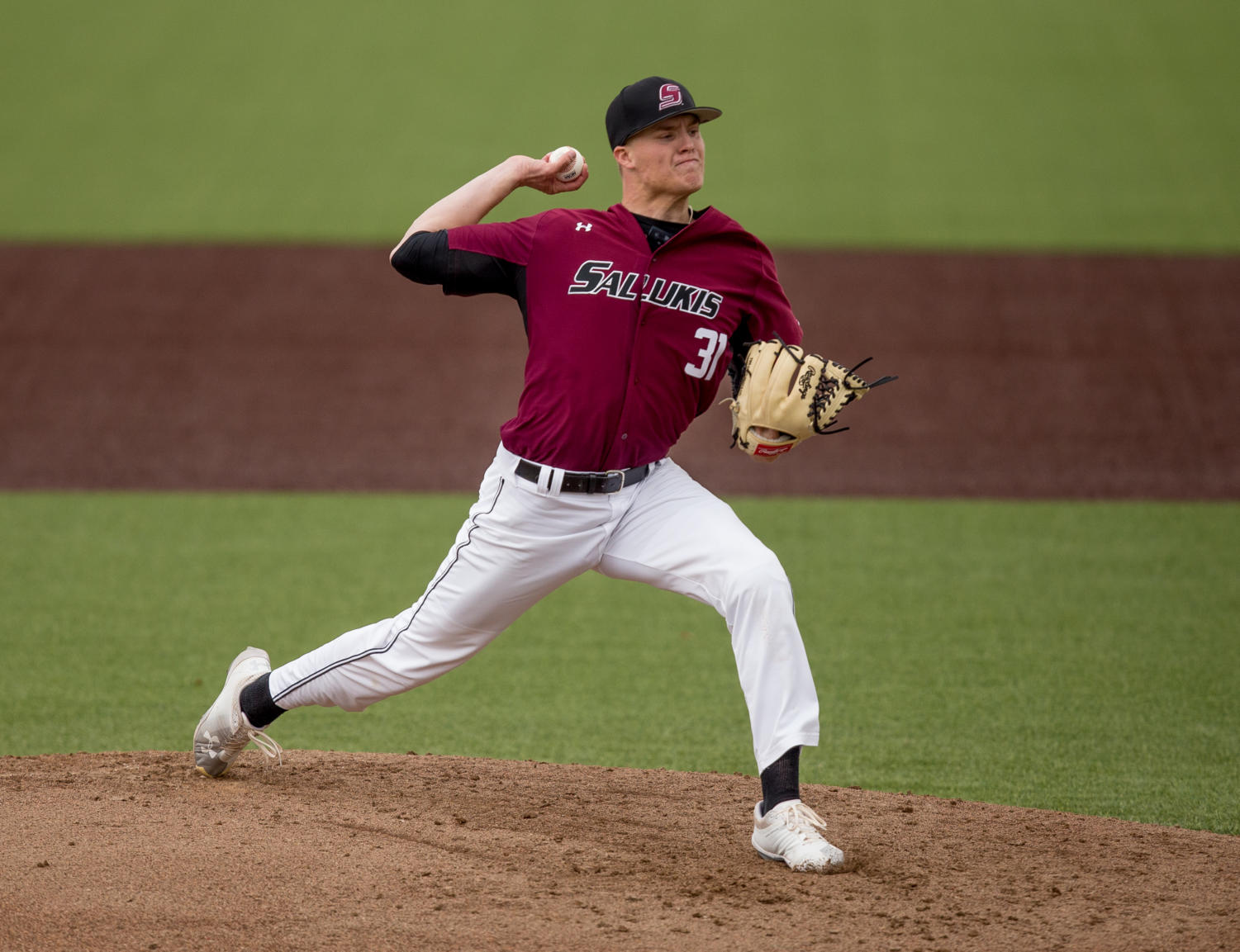Southern+Illinois+senior+pitcher+Michael+Baird+%2831%29+launches+the+ball+Friday%2C+March+23%2C+2018%2C+during+the+University+of+California-Irvine+Anteaters%27++6-2+victory+against+the+Southern+Illinois+Salukis+at+Itchy+Jones+Stadium.+%28Brian+Munoz+%7C+%40BrianMMunoz%29