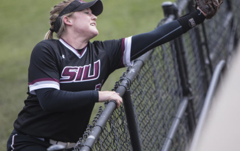 Saluki softball swept by Drake