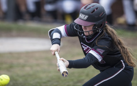 Saluki softball delivers walk-off win against SEMO