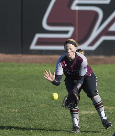 Coach Blaylock's 600th win highlights SIU softball's weekend in Florida