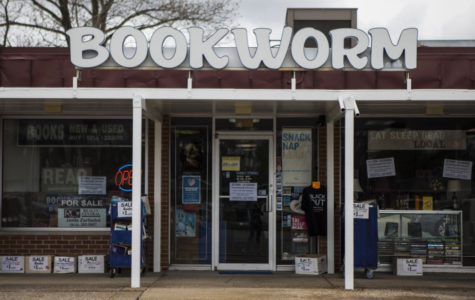 Carbondale's family owned bookstore Bookworm expected to close after 17 years