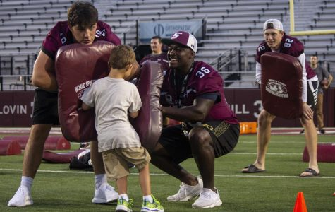Saluki Football holds eighth annual Fan Fest