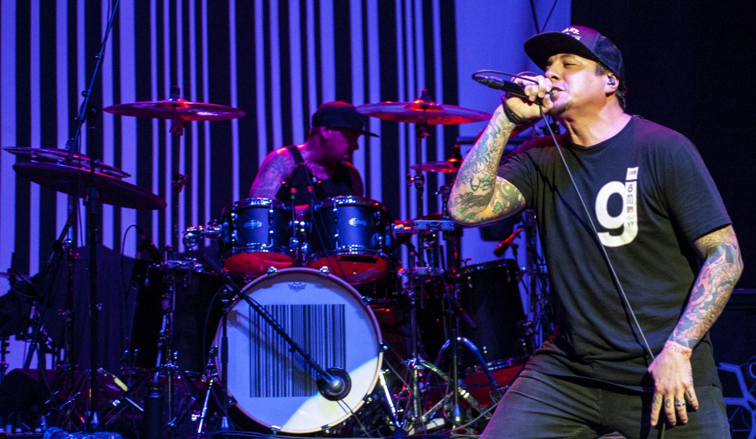 Sonny+Sandoval+of+P.O.D.+sings+Friday%2C+Aug.+31%2C+2018%2C+during+the+Gen+X+Tour+inside+the+Grandstand+stadium+at+the+Du+Quoin+State+Fair.+%28Mary+Barnhart+%7C+%40MaryBarnhartDE%29