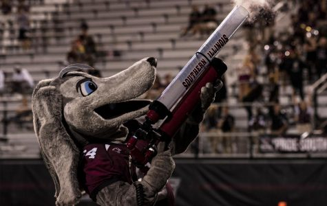 Southern Illinois University's Saluki mascot shooting T-shirts into the crowd during the game against SEMO, Saturday, Sept. 15, 2018.(Allie Tiller | @allietiller_de)