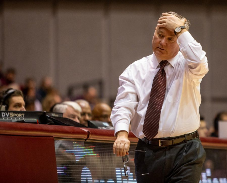 Head+coach+Barry+Hinson+walks+back+to+the+bench+after+a+play%2C+on+Saturday%2C+Jan+12%2C+2019%2C+during+the+Saluki%27s+61-65+loss+against+the+Valparaiso+Crusaders+at+the+SIU+arena.
