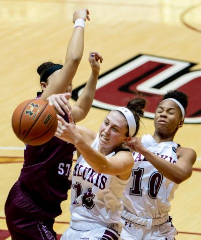Southern women's basketball wins home opener