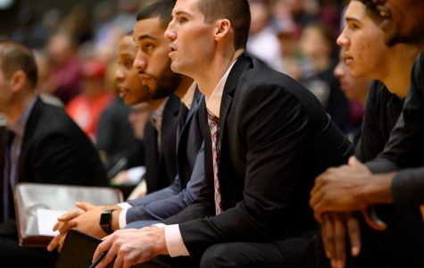 Loyola's Bryan Mullins named Southern Illinois' 14th head basketball coach