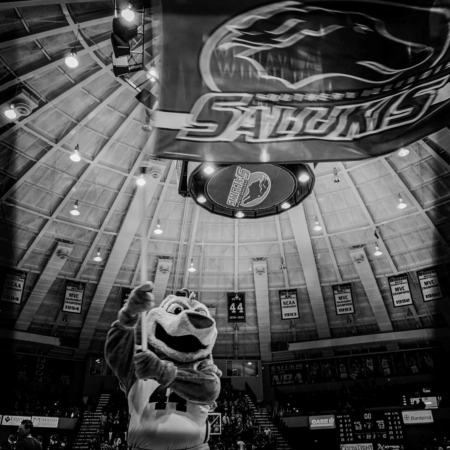 Grey+Dawg+celebrates+after+Southern+Illinois+Salukis%27+63-53+win+against+the+Loyola+Ramblers+on+Sunday%2C+Feb.+24%2C+2019+at+SIU+Arena.+The+images+in+this+collage+were+taken+with+an+iPhone+XS+Max+and+processed+in+Hipstamatic.