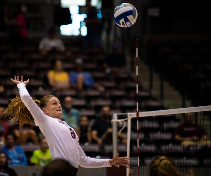 Sophomore outside hitter Hannah Becker goes to spike the ball on Saturday, Sept. 7, 2019 during the Salukis' 3-1 win against the Southeastern Louisiana University Lions at the Banterra Center.