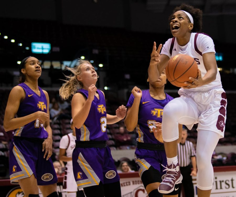 Senior forward Nicole Martin goes for a layup on Saturday, Nov. 16, 2019 during the Salukis' 76-65 win against the Tennessee Tech University Golden Eagles.