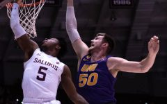 Salukis win thriller versus University of Northern Iowa