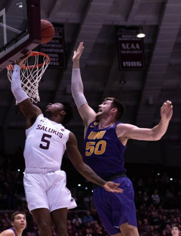 Men's basketball projected to finish fifth in MVC preseason poll