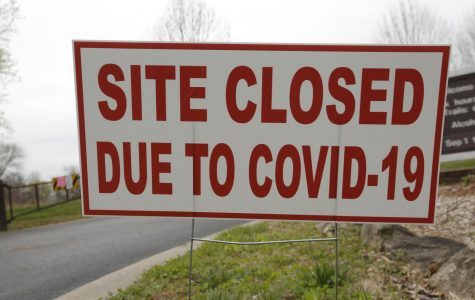 Signs indicating the closure of Giant City State Park due to the Coronavirus Disease 2019 pandemic, Makanda, IL, Saturday, April 4, 2020.  Illinois Governor J.B. Pritzker, issued a statewide shelter-in-place order, effective March 21, 2020, closing all nonessential businesses, and barring all activities at state parks, fish and wildlife areas, recreational areas and historic sites.  (Angel Chevrestt, 646.314.3206)