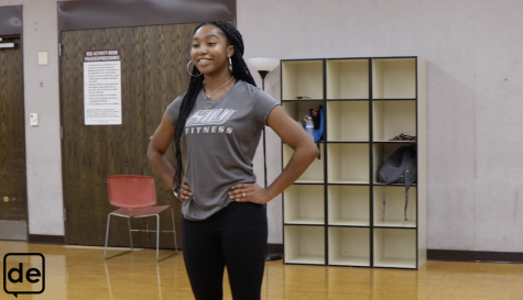 Video: Rec Center at home: Dynamic stretches workout