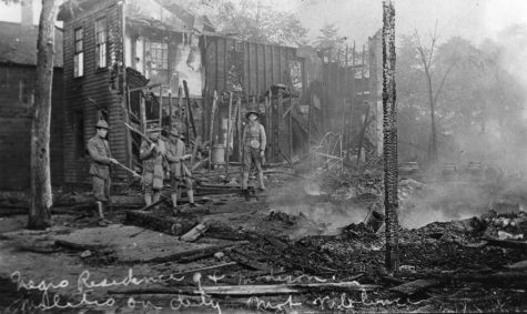 House destroyed in riot. Photo courtesy of the Sangamon Valley Collection at Lincoln Library.