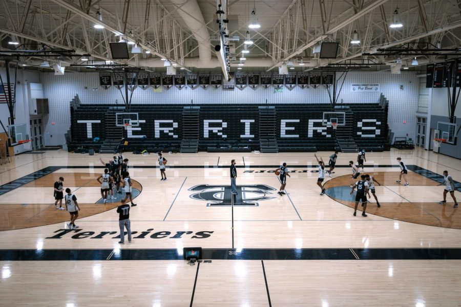 The Carbondale Terriers Varsity and Junior Varsity teams practice Monday, Feb. 9, 2021, at Carbondale Community High School. With Jim Miller as the Head Coach, the Carbondale Terriers have seen 424 wins and 10 regional championships across his 23 years with the team.