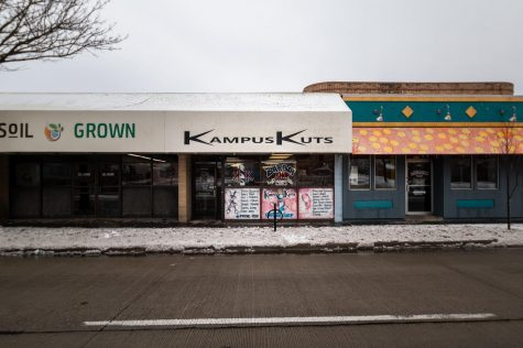 Kampus Kuts Barbershop and Salon Thursday, Feb. 11, 2021. Kampus Kuts is located just off of SIU Carbondale's campus at 825 S. Illinois Ave. in Carbondale, Ill. Chris Bishop | @quippedmediallc