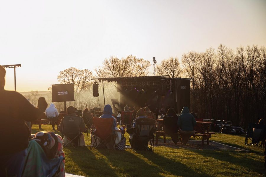 The sun begins to rise on Easter on Sunday, April 4 People grabbed chairs and warm clothes to enjoy the annual program organized by the Bald Knob Cross.