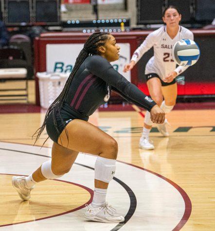 SIU Women's Volleyball Team Loses to Tulsa Redhawk Invitational finale